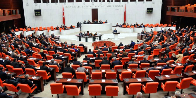 AKP'den 95 maddelik yasa teklifi