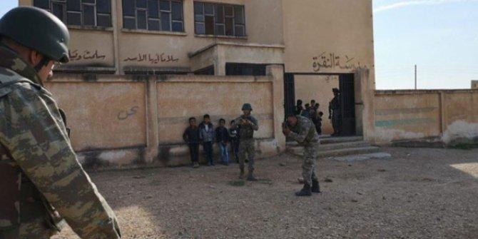 Terör örgütü PKK, okulu mevzi haline getirmiş