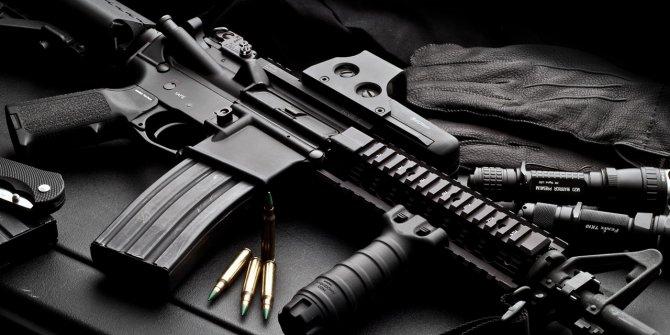 Rum medyası böyle duyurdu: Her evde bir silah