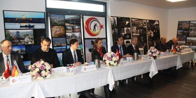 Gurbetçilere 'Türkçe' uyarısı
