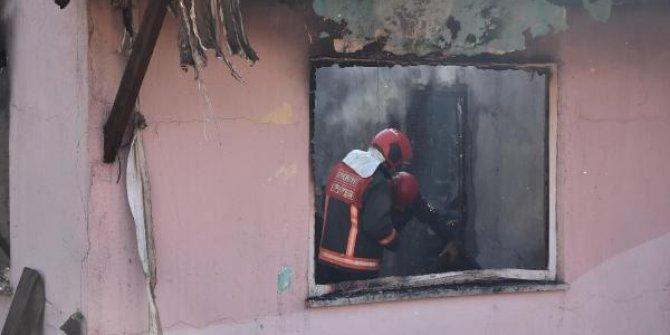 Sakarya'da yangın: 2 çocuk öldü