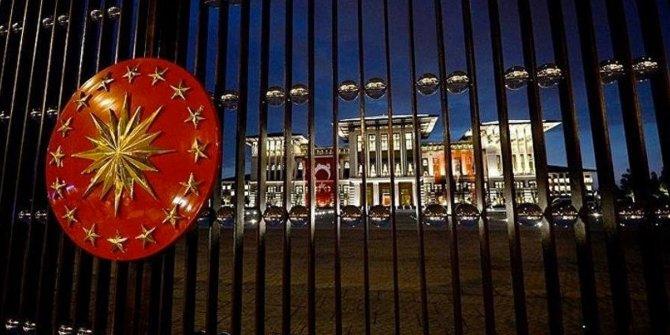 """Özgür Özel: """"Hiçbir CHP'li Saray kapısında iktidar aramaz"""""""