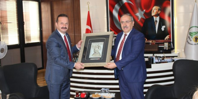 Yavuz Ağıralioğlu'dan Bolu'ya ziyaret