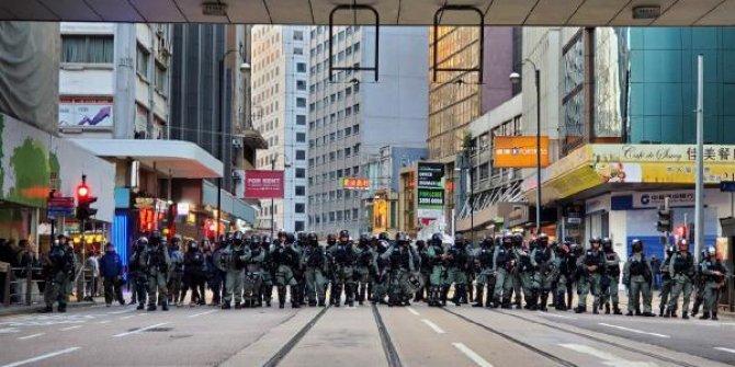 Hong Kong'da eylemcilerden, 'son çağrı' vurgusu