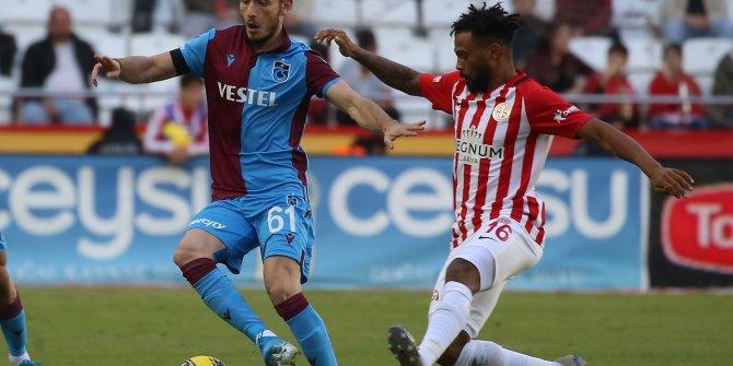 Antalyaspor-Trabzonspor: 1-3 (Maç özeti)