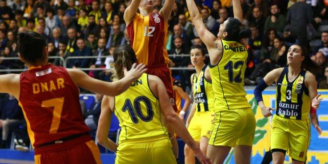 Potada kadınlar derbisi Fenerbahçe Öznur Kablo'nun
