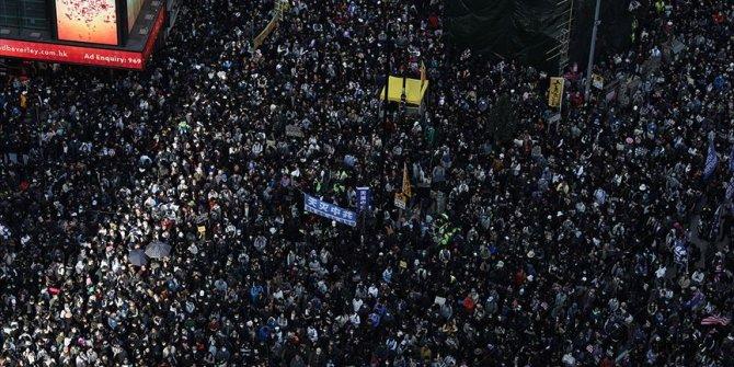 Hong Kong'da 'son çağrı' vurgusu