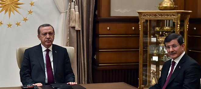 """Akif Beki: """"Sıra, iktidara yaranma aşkıyla desteksiz sallayan…"""""""