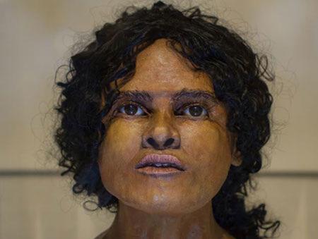 Bin 800 yıllık yüzü ortaya çıkardılar!