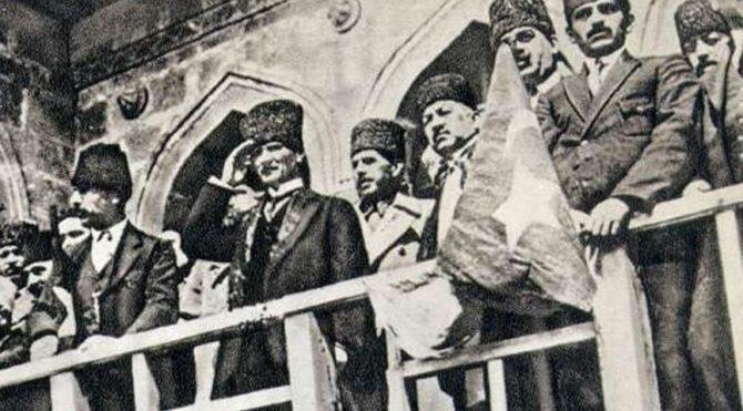 9 Eylül İzmir'in Kurtuluşu kutlu olsun