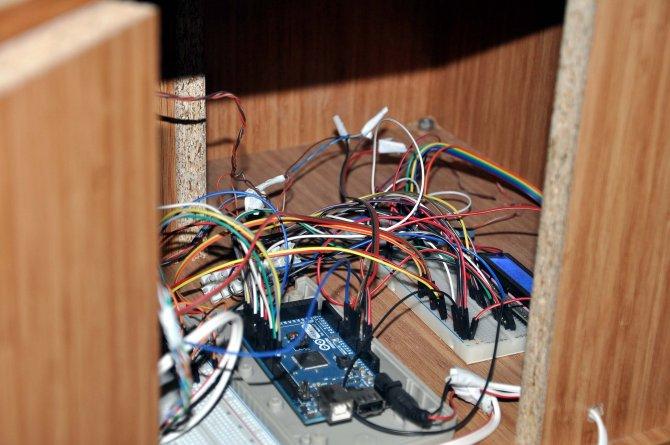 dogal-gaz-ve-elektrikte-enerji-tasarrufu-saglayan-cihaz-yaptilar_8116_dhaphoto7.jpg