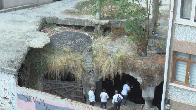 fatihte-tarihi-sarnic-coplugu-dondu_5150_dhaphoto2.jpg