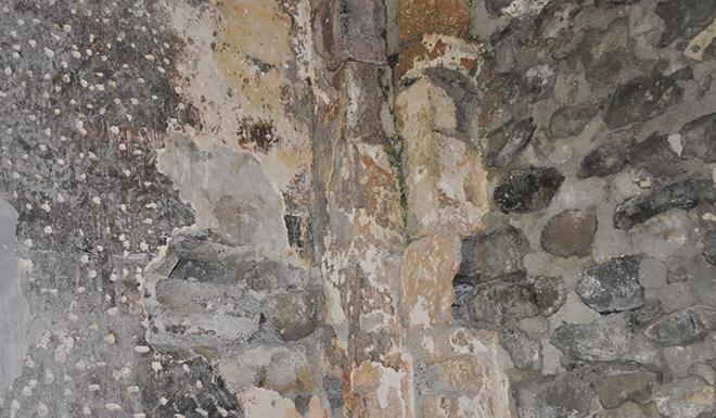 gumushanede-defineciler-tarihi-kiliseyi-talan-etti-5922-dhaphoto4.jpg