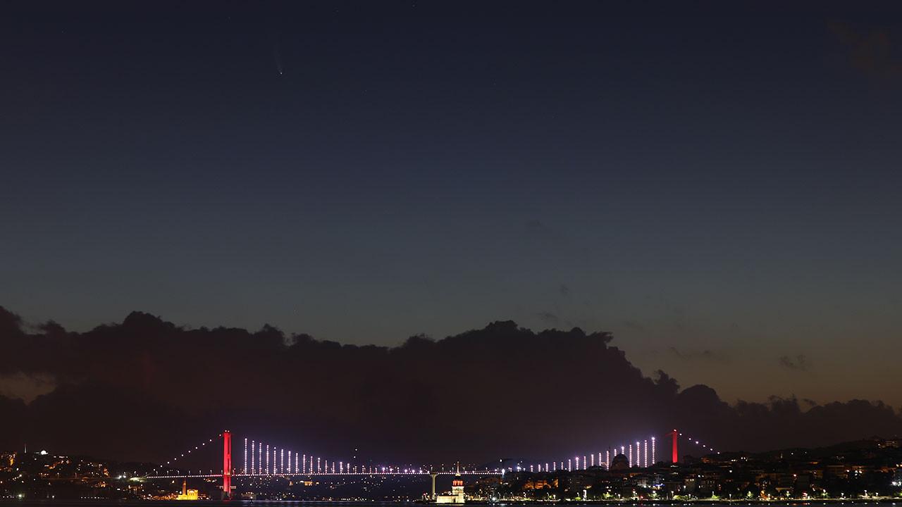 istanbul-kuyruklu-yildiz.jpg