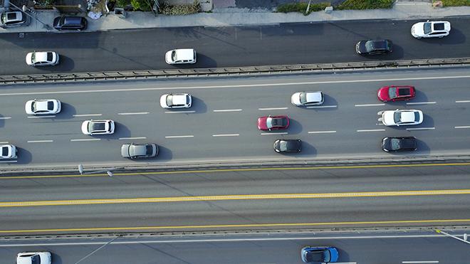 kucukcekmece-d-100deki-trafik-yogunlugu-havadan-goruntulendi-1254-dhaphoto4.jpg