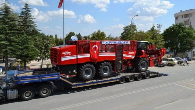 pancar-makine_16_9_1566635321-880x495.jpg