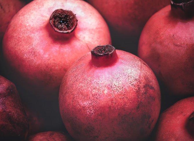 pomegranate-4508741.jpg