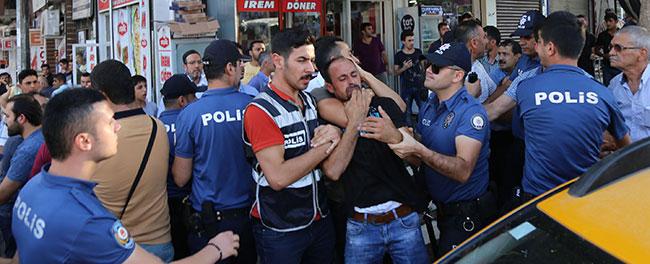 sanliurfada-2-turk-kardesin-oldurulmesiyle-ilgili-8-suriyeli-tutuklandi_6046_dhaphoto4.jpg
