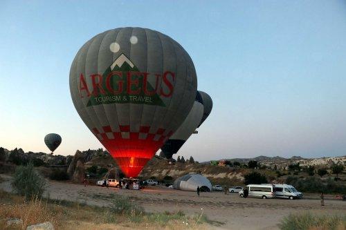 sicak-hava-balonlari-159-gun-sonra-kapadokya-semalarinda-4257-dhaphoto11.jpg