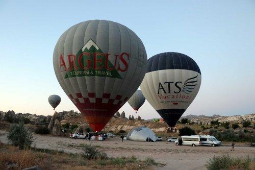 sicak-hava-balonlari-159-gun-sonra-kapadokya-semalarinda-4257-dhaphoto12.jpg