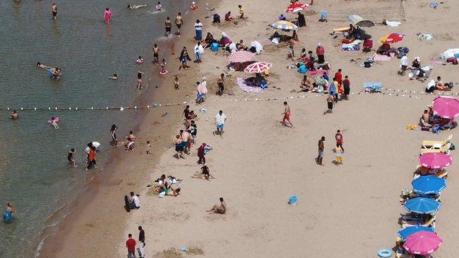 sile-sahillerinde-asiri-yogunluk-ek-fotograflar-7086-dhaphoto3.jpg