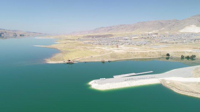 su-altinda-kalan-12-bin-yillik-hasankeyf-teknelerle-gezilecek-7335-dhaphoto11.jpg