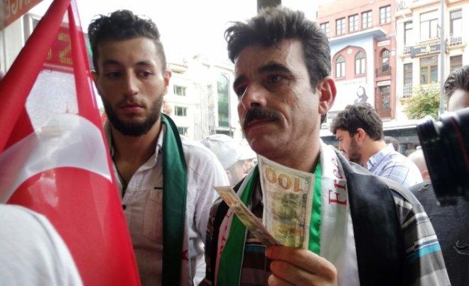 turkiyeye_destek_icin_dolar_yaktilar.jpg